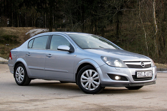 Opel-Astra H Cosmo, 2008 г.в, 1.6Б, 5-МКПП